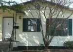 Foreclosed Home in Dallas 75214 E SIDE AVE - Property ID: 3542759557