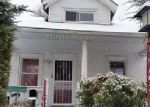 Foreclosed Home in Upper Darby 19082 KENT RD - Property ID: 3542958841