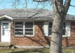 Foreclosed Home in Radcliff 40160 EVELYN DR - Property ID: 3544289398