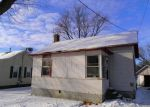 Foreclosed Home in Roanoke 61561 N GREEN ST - Property ID: 3544574516