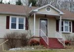 Foreclosed Home in Kingsport 37660 RICH DR - Property ID: 3546149920