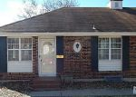 Foreclosed Home in Kansas City 64152 NW COUNTRY CLUB LN - Property ID: 3547208497