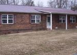 Foreclosed Home in Lily 40740 OLD WHITLEY RD - Property ID: 3549262144