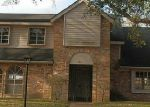 Foreclosed Home in Houston 77031 WEYMOUTH DR - Property ID: 3550385559