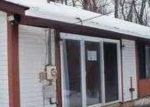 Foreclosed Home in Bushkill 18324 GOLD FINCH RD - Property ID: 3550656220