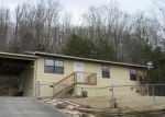 Foreclosed Home in Oliver Springs 37840 RICHARDS DR - Property ID: 3550834933