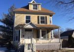 Foreclosed Home in Tuscola 61953 N PARKE ST - Property ID: 3553408904