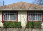 Foreclosed Home in Granbury 76048 KESSLER DR - Property ID: 3554103973