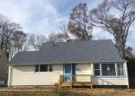 Foreclosed Home in Roselle 7203 W 7TH AVE - Property ID: 3554969393