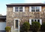 Foreclosed Home in Shirley 11967 FLOYD RD N - Property ID: 3555750295