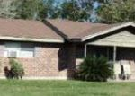 Foreclosed Home in Victoria 77904 EDINBURGH ST - Property ID: 3564678399