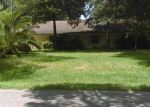 Foreclosed Home in Crosby 77532 ROUND WIND TRL - Property ID: 3564722188