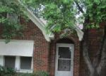 Foreclosed Home in Fort Worth 76111 N RIVERSIDE DR - Property ID: 3564961779