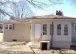 Foreclosed Home in Meriden 06451 PARKVIEW ST - Property ID: 3567860724