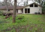 Foreclosed Home in Clute 77531 N SHANKS ST - Property ID: 3569610424