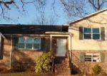 Foreclosed Home in Bessemer 35022 DICKEY SPRINGS RD - Property ID: 3570174538