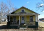 Foreclosed Home in Bedford 40006 WENTWORTH AVE - Property ID: 3572135793