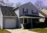 Foreclosed Home in Hampton 23669 E PEMBROKE AVE - Property ID: 3573376566