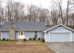 Foreclosed Home in Greenbrier 37073 BARWOOD DR - Property ID: 3576075358