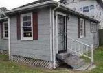 Foreclosed Home in New Orleans 70114 BEHRMAN HWY - Property ID: 3578819717