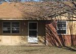 Foreclosed Home in Ardmore 73401 9TH AVE NE - Property ID: 3579618125