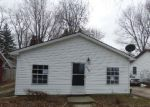 Foreclosed Home in Madison 44057 LAKE RD - Property ID: 3579722817