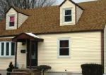 Foreclosed Home in Edison 08817 WALNUT ST - Property ID: 3583468359