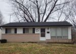 Foreclosed Home in Florissant 63031 SHIRLENE DR - Property ID: 3584076264