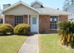 Foreclosed Home in Harvey 70058 MAX DR - Property ID: 3588945220