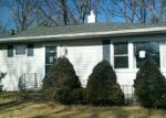 Foreclosed Home in Fort Madison 52627 RICHARDS DR - Property ID: 3589992423