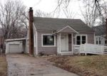 Foreclosed Home in Topeka 66606 SW MEDFORD AVE - Property ID: 3592932995