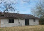 Foreclosed Home in La Place 70068 COLUMBIA CT - Property ID: 3594030995