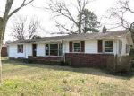 Foreclosed Home in Wilmington 28401 HORNE PLACE DR - Property ID: 3594319160