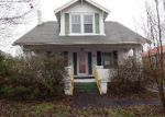 Foreclosed Home in Kingsport 37664 E CENTER ST - Property ID: 3594771151