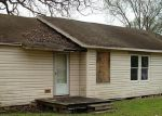 Foreclosed Home in Baytown 77520 E FRANCIS ST - Property ID: 3595195109
