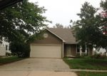 Foreclosed Home in Sugar Grove 60554 MEADOWS DR - Property ID: 3595742137