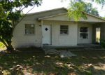Foreclosed Home in Saint Petersburg 33714 35TH WAY N - Property ID: 3596109615
