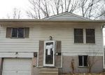 Foreclosed Home in Independence 64058 N PONCA DR - Property ID: 3598240346
