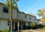 Foreclosed Home in Jacksonville 32225 WHITE BAY LN - Property ID: 3602032773