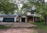 Foreclosed Home in Mount Vernon 62864 BROWNSVILLE RD - Property ID: 3606065630
