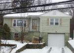 Foreclosed Home in Waterbury 06708 BUNKER HILL AVE - Property ID: 3607194735