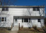 Foreclosed Home in Riverhead 11901 INDIAN AVE - Property ID: 3608015939