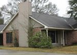 Foreclosed Home in Baton Rouge 70818 MORGANFIELD AVE - Property ID: 3613082860