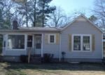 Foreclosed Home in Mc Kenzie 38201 MAIN ST N - Property ID: 3615340614
