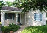 Foreclosed Home in Groves 77619 PEARL AVE - Property ID: 3615964271