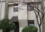 Foreclosed Home in Memphis 38115 CLARKE ADDRESS - Property ID: 3616119321