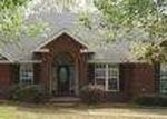 Foreclosed Home in Wetumpka 36093 HICKORY PL - Property ID: 3616264288