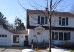Foreclosed Home in Bay City 48706 W CALUMET ST - Property ID: 3618647756