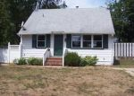 Foreclosed Home in Central Islip 11722 E LOCUST ST - Property ID: 3619246909