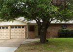 Foreclosed Home in Arlington 76015 N DEERFIELD CIR - Property ID: 3622742368